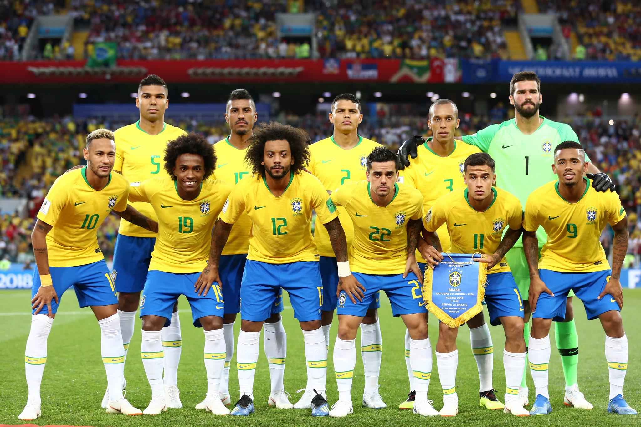 Brasil vence Sérvia sem sustos e vai às oitavas de final  reveja os ... dc0f8b290dad4